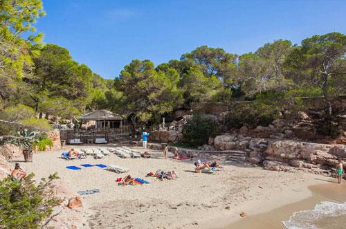 Mooi strand Ibiza Cala Gracioneta