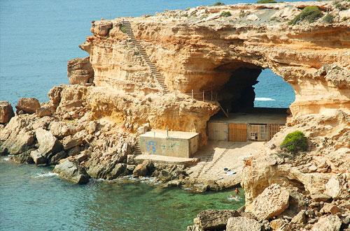 cave rave grot bezienswaardigheid ibiza